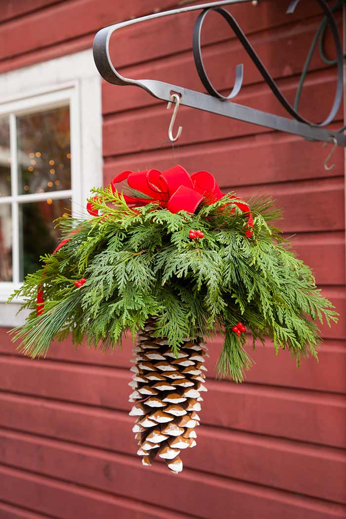 Pine Cone Greenery Pendant Christmas Decoration